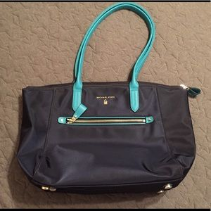 Michael Kors Kelsey Medium Nylon Tote